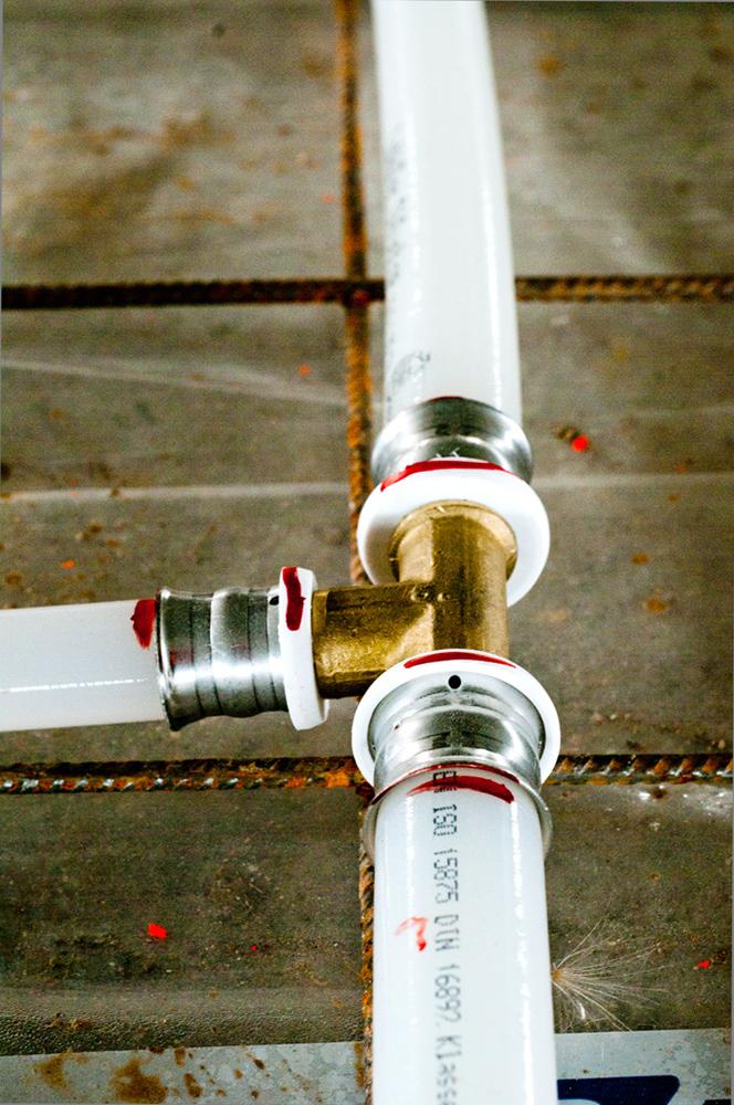 průmyslové podlahové topení a chlazení